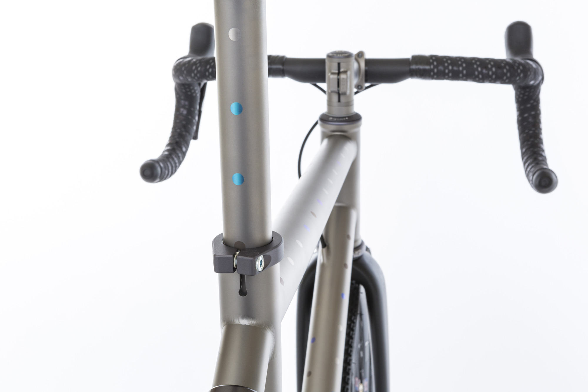 TOP TUBE SEAT POST